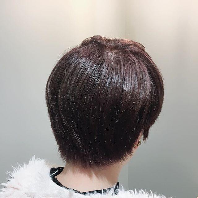 THROWの新色Whiteをひと足早くつかって大人ピンクに! . . 黒染めが落ちた髪の毛でも透明感抜群にでました!!! . .