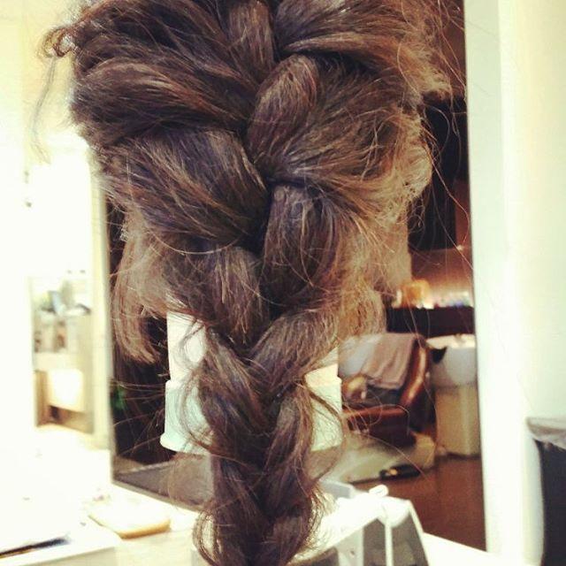 常連の友達にたまには髪の毛を載せろと言われたので。 超簡単5分アレンジ^_^;